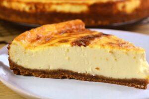 Tarta de queso con galleta con el Robot de cocina Mambo de Cecotec