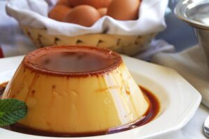 Flan de Huevo con robot de cocina Cecotec Mambo