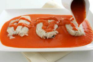Merluza en Salsa de Pimiento de Piquillo con robot de cocina Cecotec Mambo
